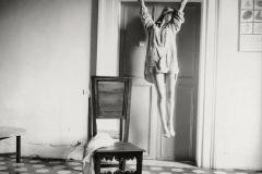 Francesca Woodman (1958-1981) - Untitled, Rome, Italie, 1977-78 © George and Betty Woodman